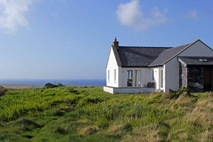 st brendan 39 s cottage valentia island ferienhaus irland. Black Bedroom Furniture Sets. Home Design Ideas
