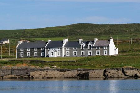 coastguard cottages valentia island preiswertes cottage kerry mieten. Black Bedroom Furniture Sets. Home Design Ideas